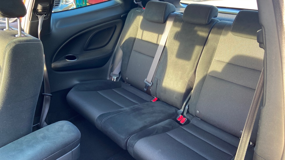 Honda Civic 1.8 i-VTEC Type S GT 3dr image 4