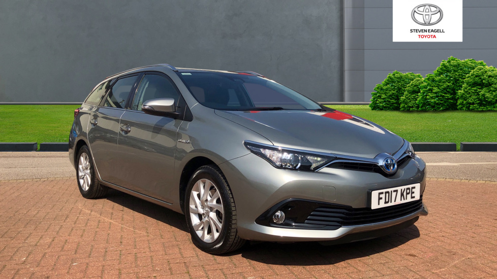 Used Toyota Auris Vvti Business Edition Touring Sports Tss For Sale