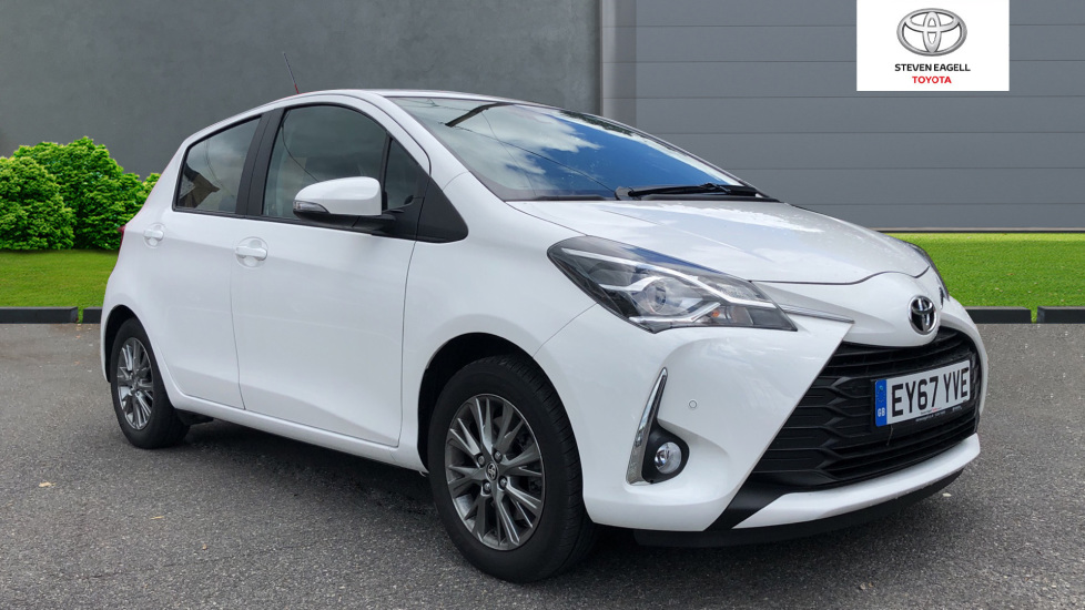 Toyota Yaris For Sale >> Used Toyota Yaris Vvt I Icon Tech For Sale Toyota Toyota Rayleigh