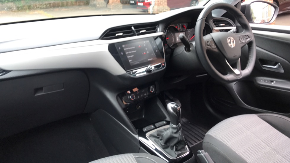 Vauxhall Corsa 1.2 SE 5dr - Low Mileage, Multifunction Touchscreen, Bluetooth & Cruise Control image 13