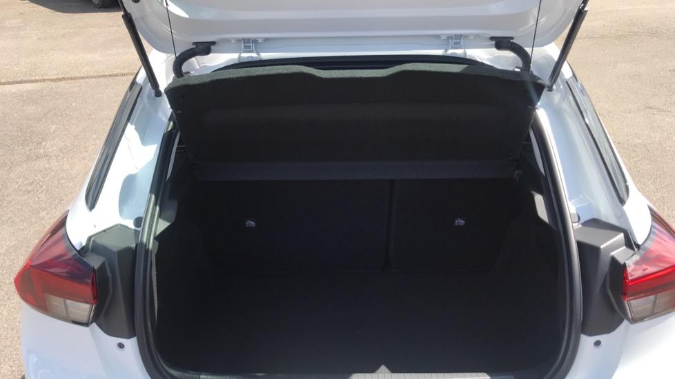 Vauxhall Corsa 1.2 SE Nav 5dr image 10