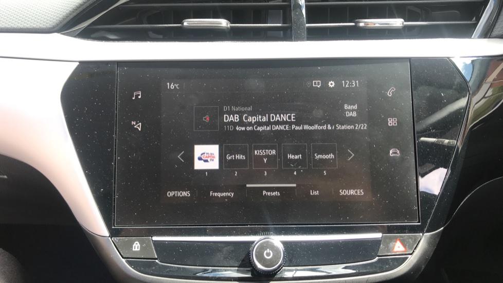 Vauxhall Corsa 1.2 SE Nav 5dr image 22
