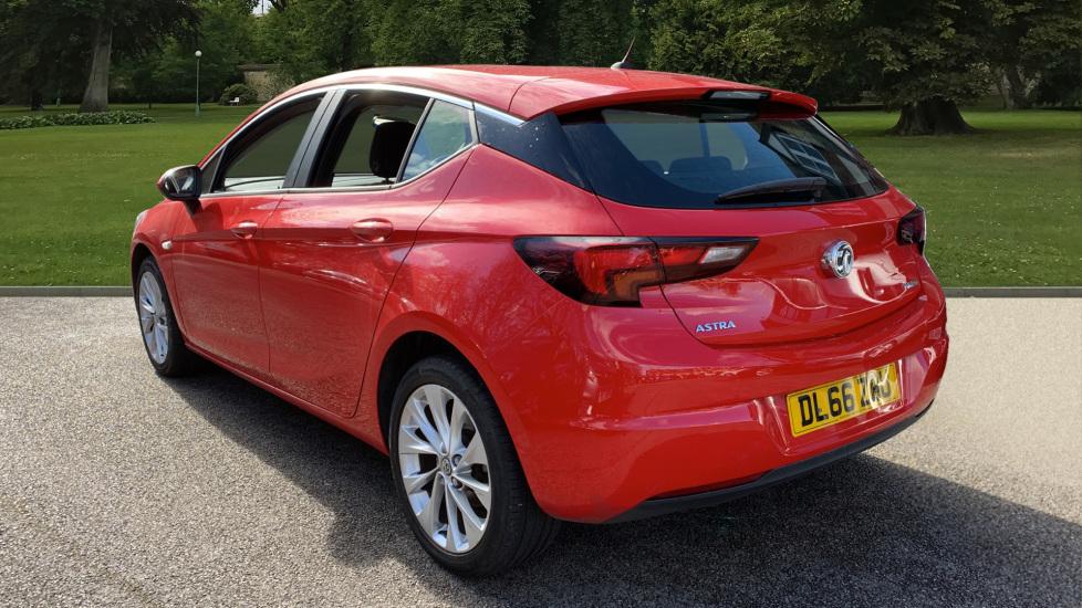Vauxhall Astra 1.4T 16V 125 Design 5dr image 7