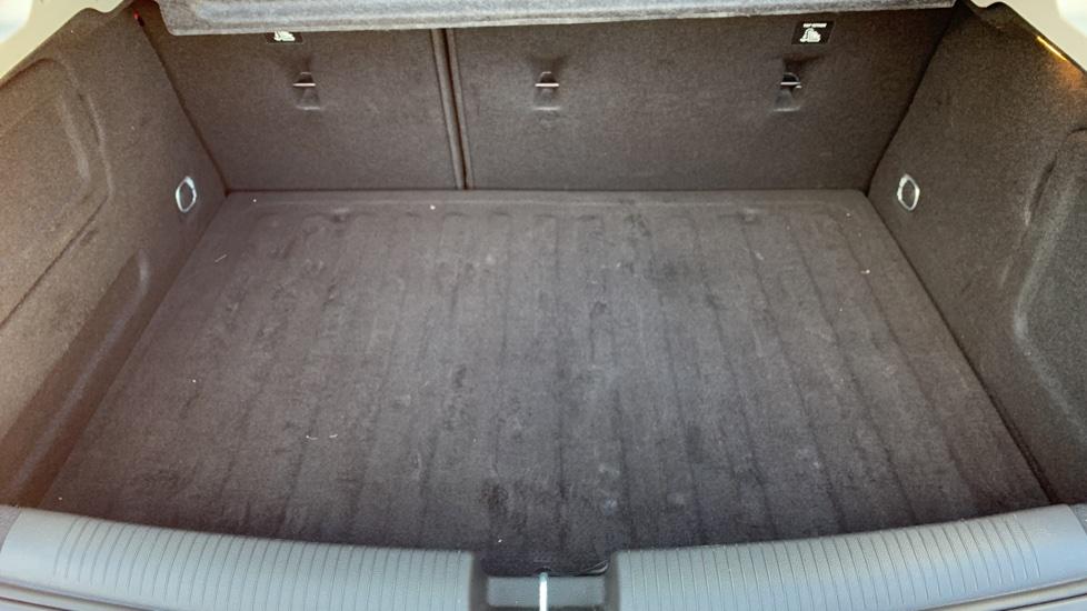 Vauxhall Astra 1.4T 16V 125 Design 5dr image 10