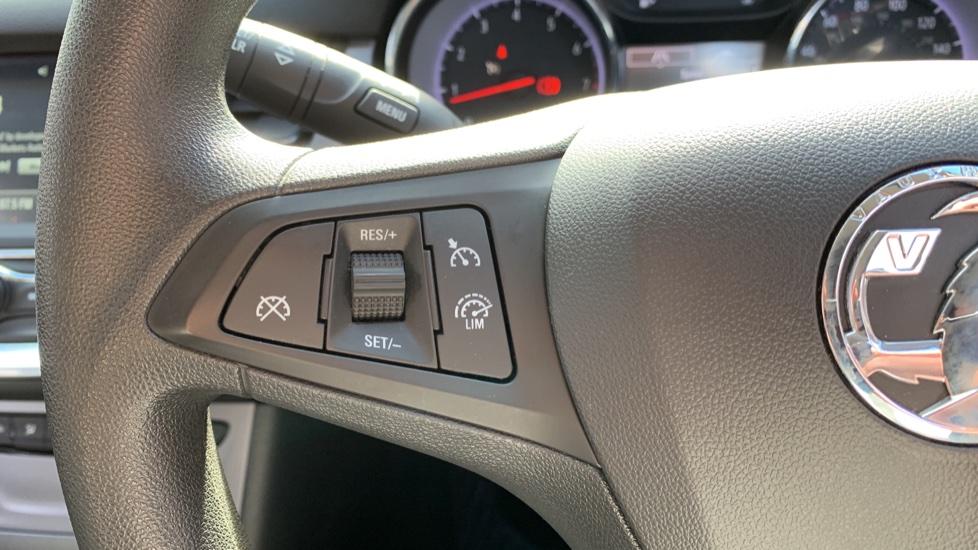 Vauxhall Astra 1.4T 16V 125 Design 5dr image 18
