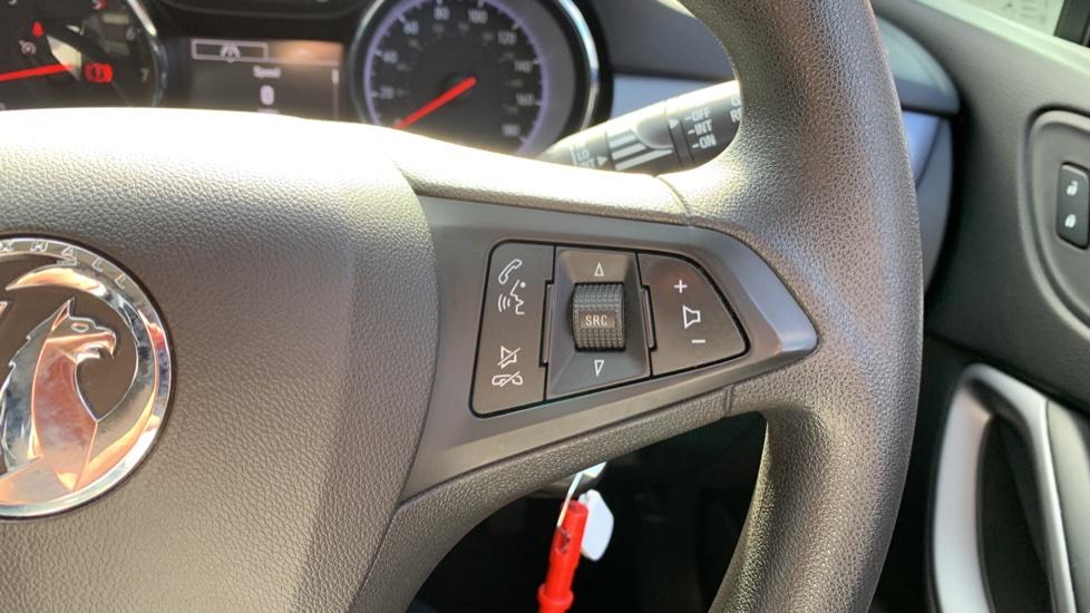 Vauxhall Astra 1.4T 16V 125 Design 5dr image 19