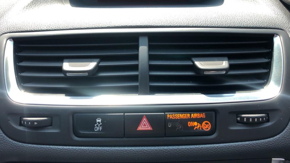 Vauxhall Mokka 1.4T SE 5dr image 23