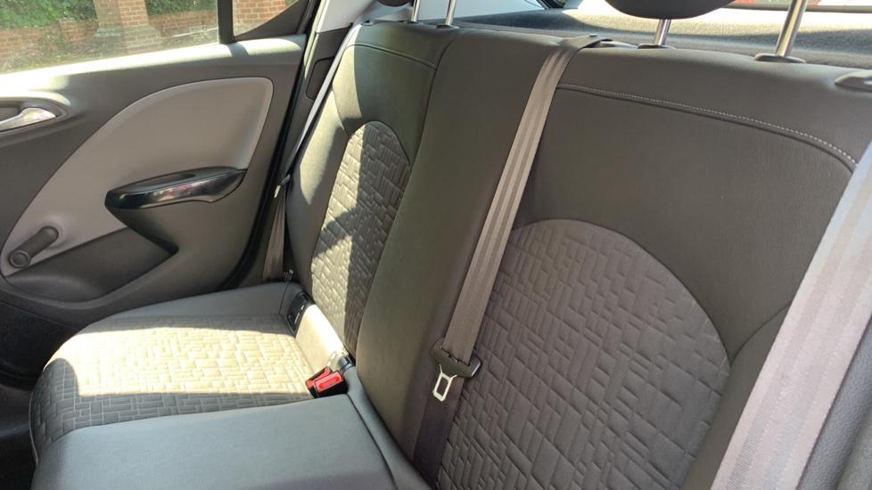 Vauxhall Corsa 1.4 SE image 9
