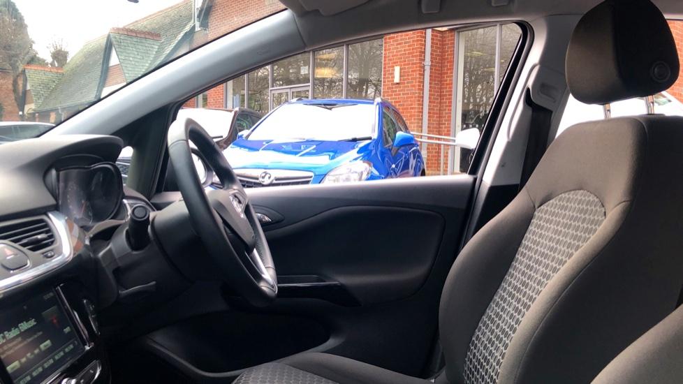 Vauxhall Corsa 1.4 Design 5dr image 3
