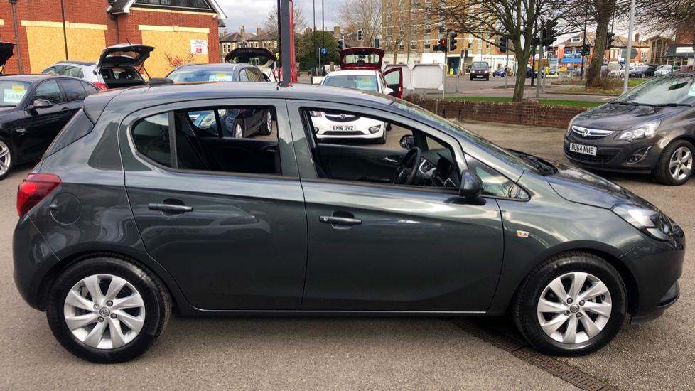 Vauxhall Corsa 1.4 Design 5dr image 5