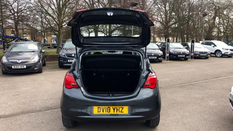 Vauxhall Corsa 1.4 Design 5dr image 10