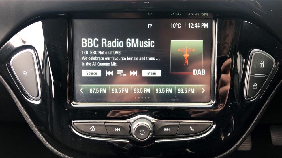 Vauxhall Corsa 1.4 Design 5dr image 19