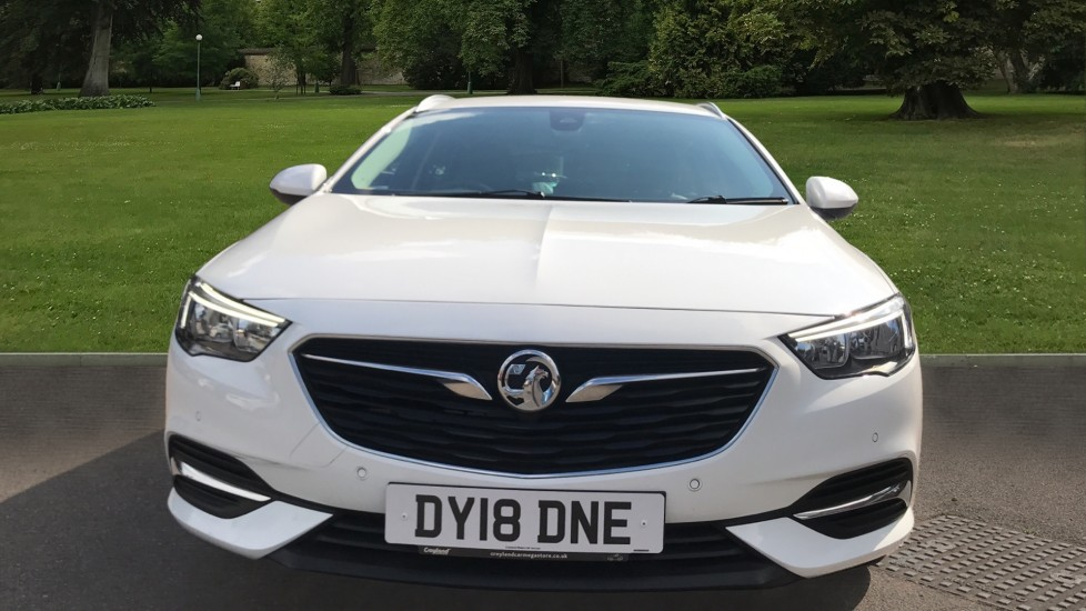 Vauxhall Insignia 1.6 Turbo D ecoTec [136] Tech Line Nav 5dr - Navi 900 IntelliLink Navigation & Parking Sensors image 2