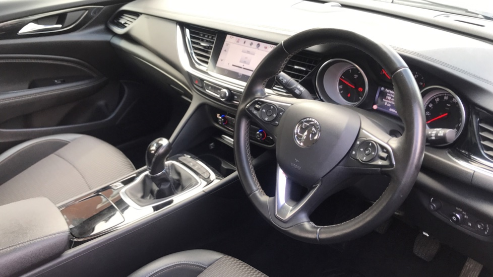 Vauxhall Insignia 1.6 Turbo D ecoTec [136] Tech Line Nav 5dr - Navi 900 IntelliLink Navigation & Parking Sensors image 12
