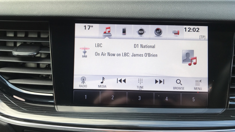 Vauxhall Insignia 1.6 Turbo D ecoTec [136] Tech Line Nav 5dr - Navi 900 IntelliLink Navigation & Parking Sensors image 21