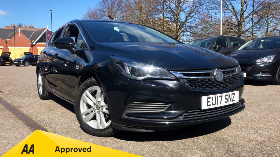 Vauxhall Astra 1.4T 16V 150 Tech Line Automatic 5 door Hatchback (2017) image