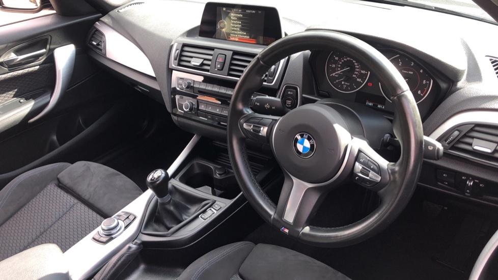 BMW 1 Series 118d M Sport 5dr [Nav] image 12