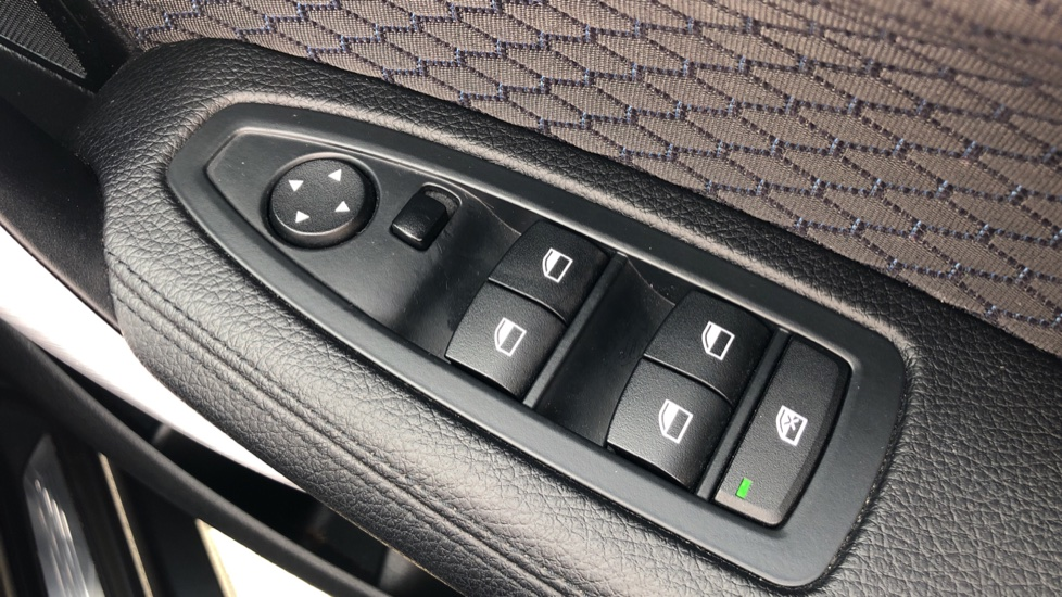 BMW 1 Series 118d M Sport 5dr [Nav] image 20