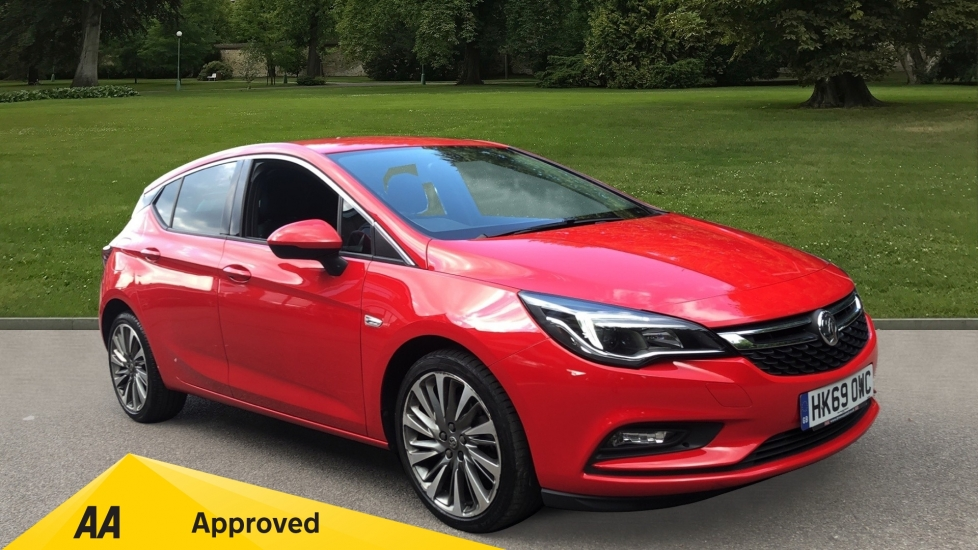 Vauxhall Astra 1.6 CDTi 16V 136 Griffin 5dr - Sat Nav, Apple CarPlay/Android Auto & Cruise Control Diesel Hatchback (2019)