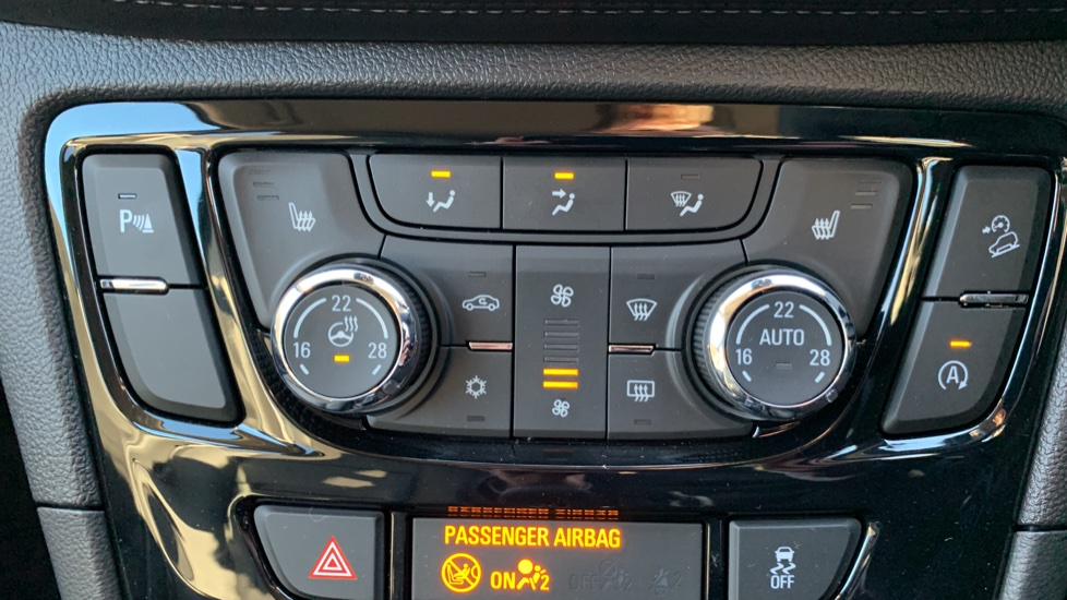 Vauxhall Mokka X 1.6CDTi [136] Elite 5dr 4WD image 16