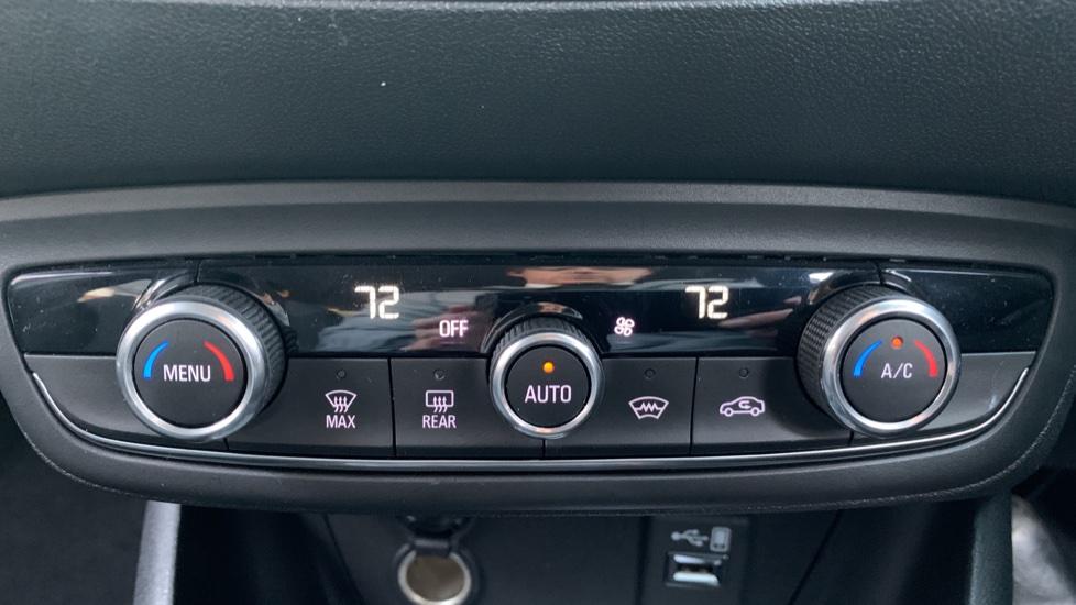 Vauxhall Crossland X 1.2T ecoTec [110] SE Nav [6 Speed] [S/S] image 16