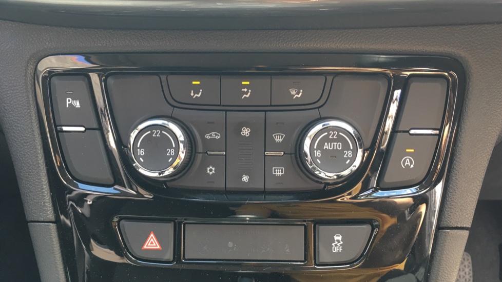 Vauxhall Mokka X 1.4T ecoTEC Design Nav 5dr image 16
