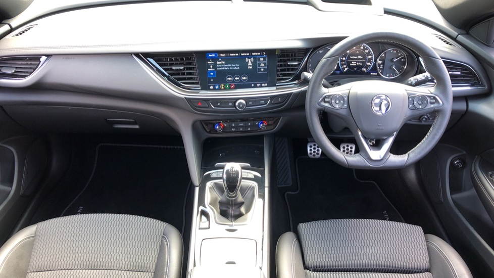 Vauxhall Insignia Country Tourer 2.0 Turbo D 4X4 5dr image 11