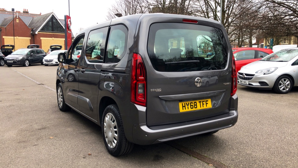 Vauxhall Combo Life 1.5 Turbo D Energy 5dr image 2