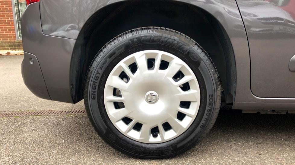 Vauxhall Combo Life 1.5 Turbo D Energy 5dr image 8
