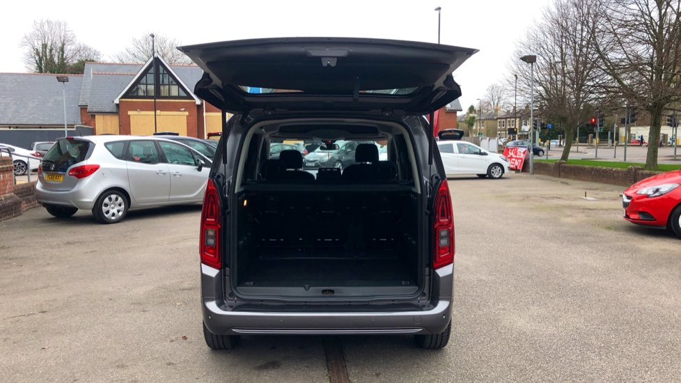 Vauxhall Combo Life 1.5 Turbo D Energy 5dr image 11
