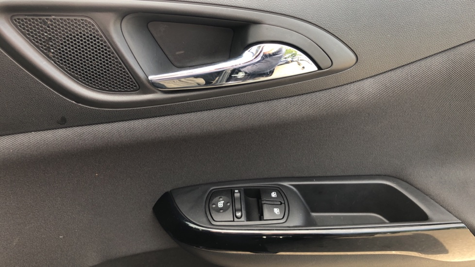 Vauxhall Corsa 1.4 Energy [AC] image 14