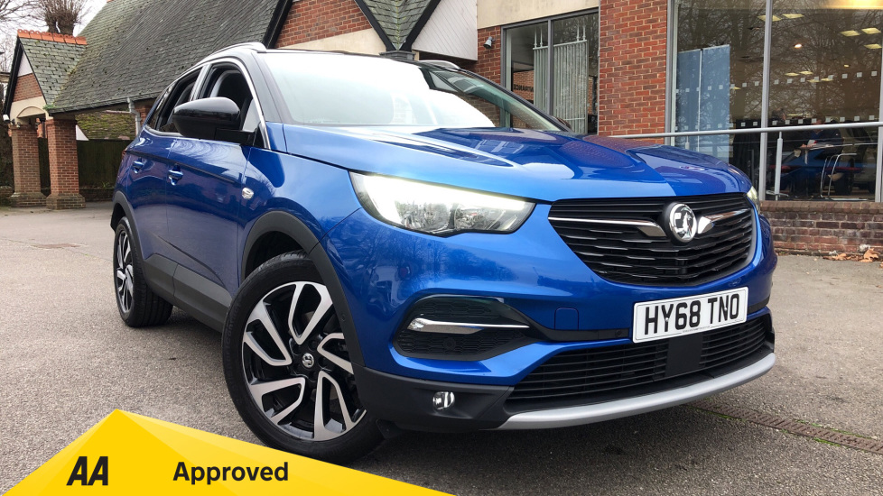 Vauxhall Grandland X 1.2T Elite Nav 5dr Hatchback (2018) available from Ford Ashford thumbnail image
