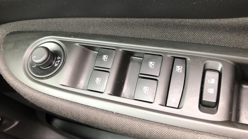 Vauxhall Mokka X 1.4T Design Nav 5dr image 20