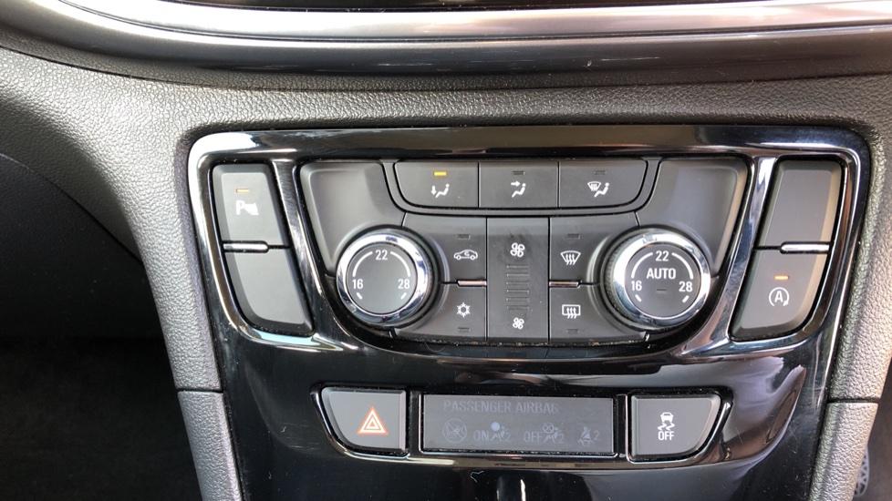 Vauxhall Mokka X 1.6i Active 5dr image 16