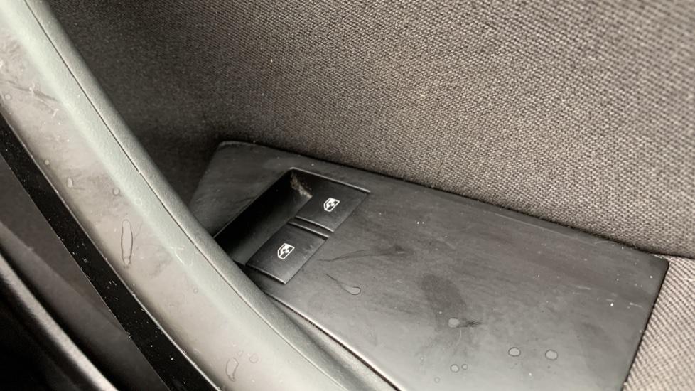 Vauxhall Astra 1.4i 16V Excite 5dr image 20