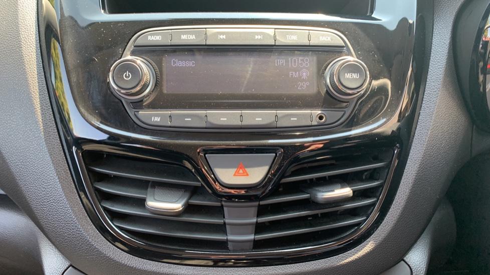 Vauxhall Viva 1.0 SE [A/C] image 23