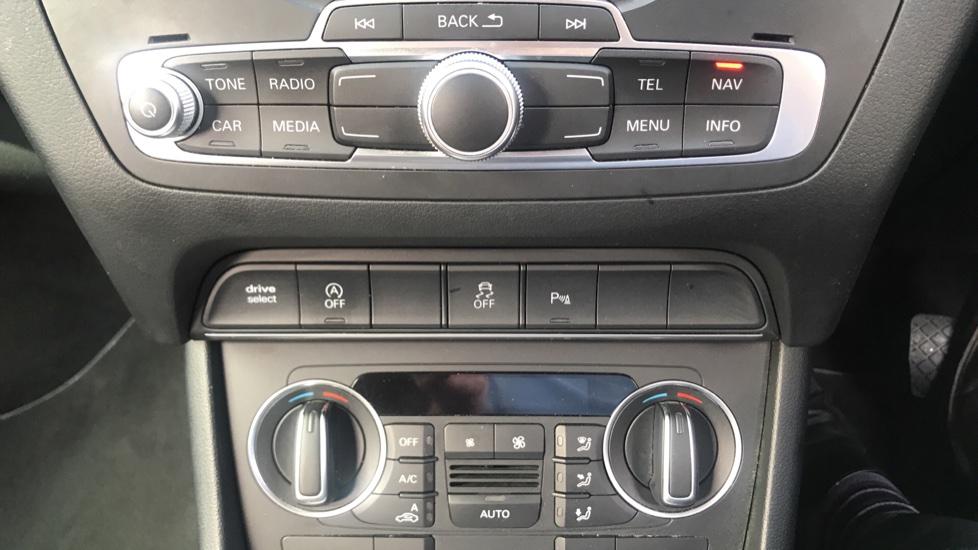 Audi Q3 2.0 TDI [184] Quattro S Line Plus S Tronic - Audi Drive Select, High-beam Assist & Sat Nav image 16