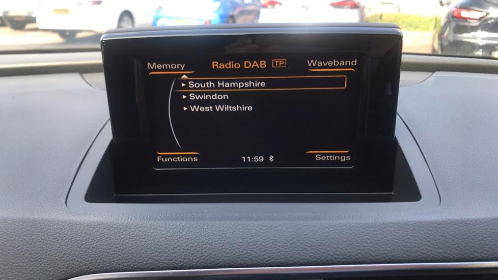 Audi Q3 2.0 TDI [184] Quattro S Line Plus S Tronic - Audi Drive Select, High-beam Assist & Sat Nav image 22