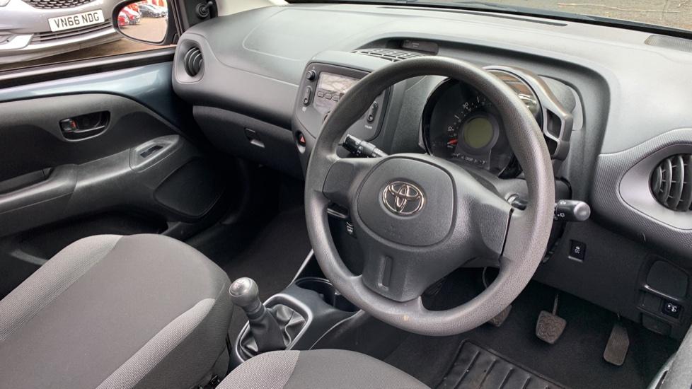 Toyota Aygo 1.0 VVT-i X 5dr image 12