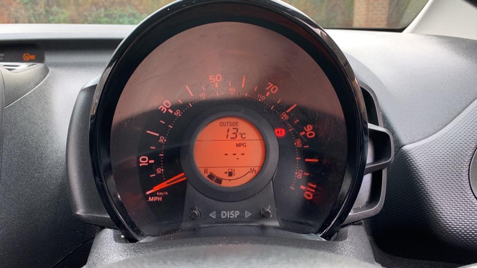 Toyota Aygo 1.0 VVT-i X 5dr image 14