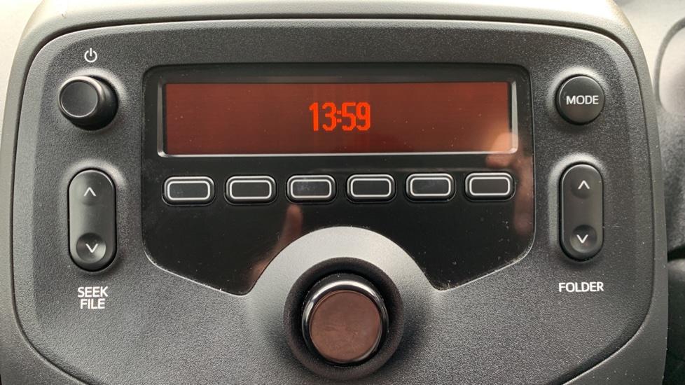 Toyota Aygo 1.0 VVT-i X 5dr image 21
