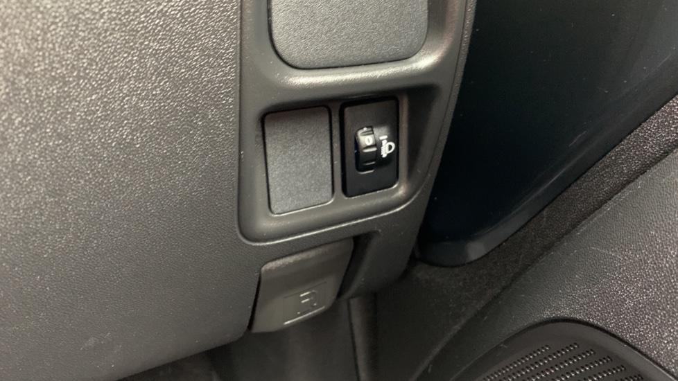 Toyota Aygo 1.0 VVT-i X 5dr image 22