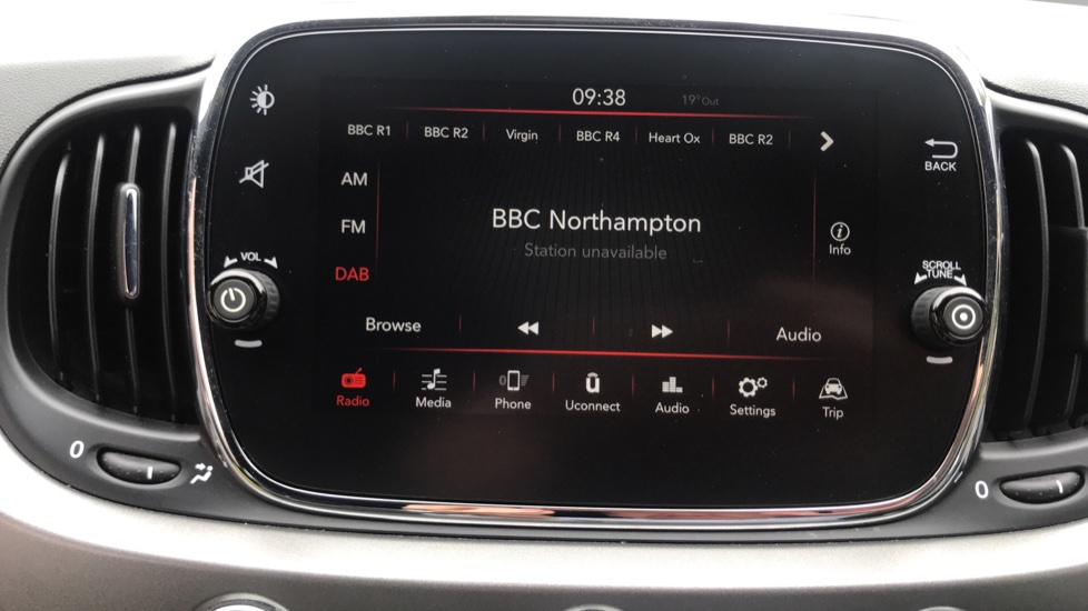 Fiat 500 1.2 S 3dr - Low Mileage, CD Player & Bluetooth Connection image 21