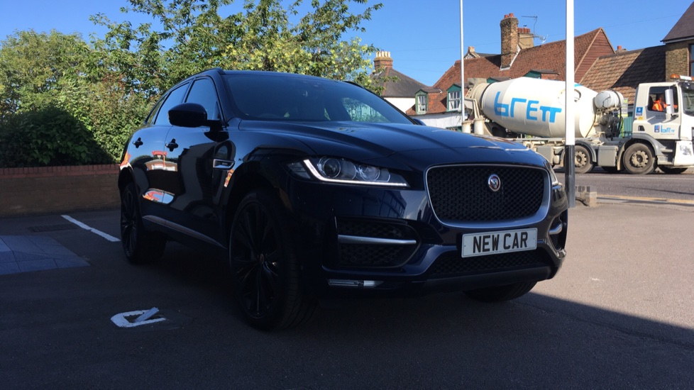 Jaguar F-PACE 300PS AWD Auto R-Sport SPECIAL OFFER SAVE 4810 ! 3750 DEPOSIT CONTRIBUTION AVAILABLE Automatic 5 door Estate (2020)