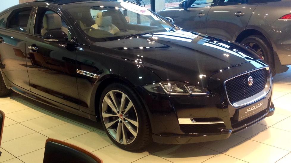 Jaguar XJ Portfolio New and Unregistered Save £10,036 ! 3.0 Diesel Automatic 4 door Saloon (2018) image