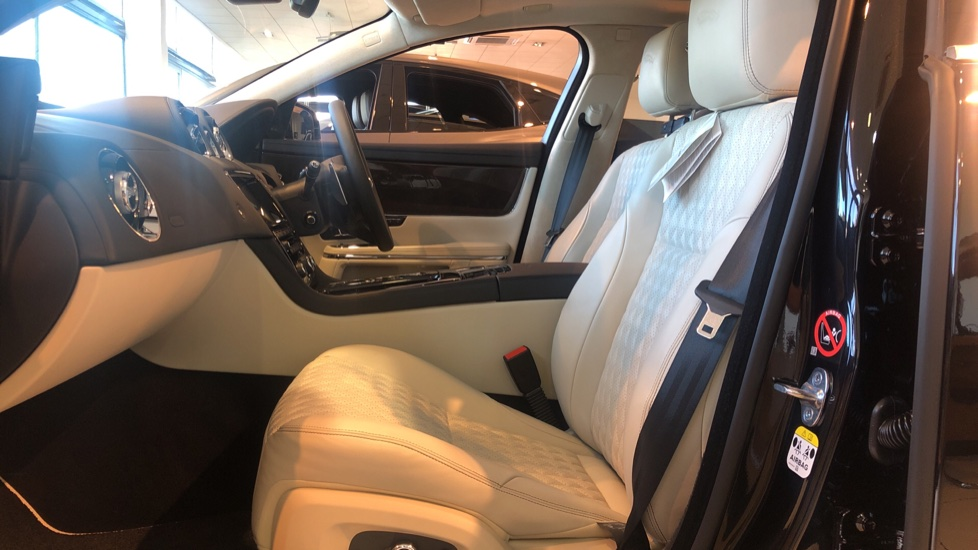 Jaguar XJ 3.0d V6 XJ50 image 3