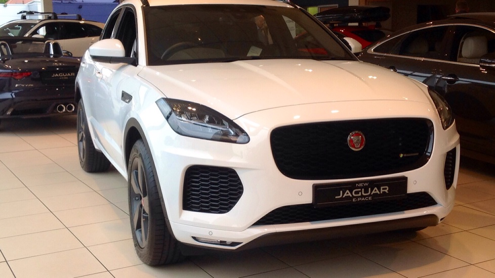 Jaguar E-PACE R Dynamic FWD Great Saving of £4500 !! 2.0 Diesel 5 door Estate (2018) image