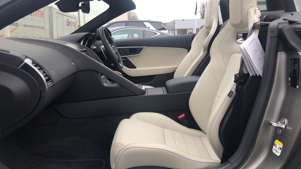 Jaguar F-TYPE 3.0 380 Supercharged V6 R-Dynamic Unregistered SAVE 12830 !!  image 3