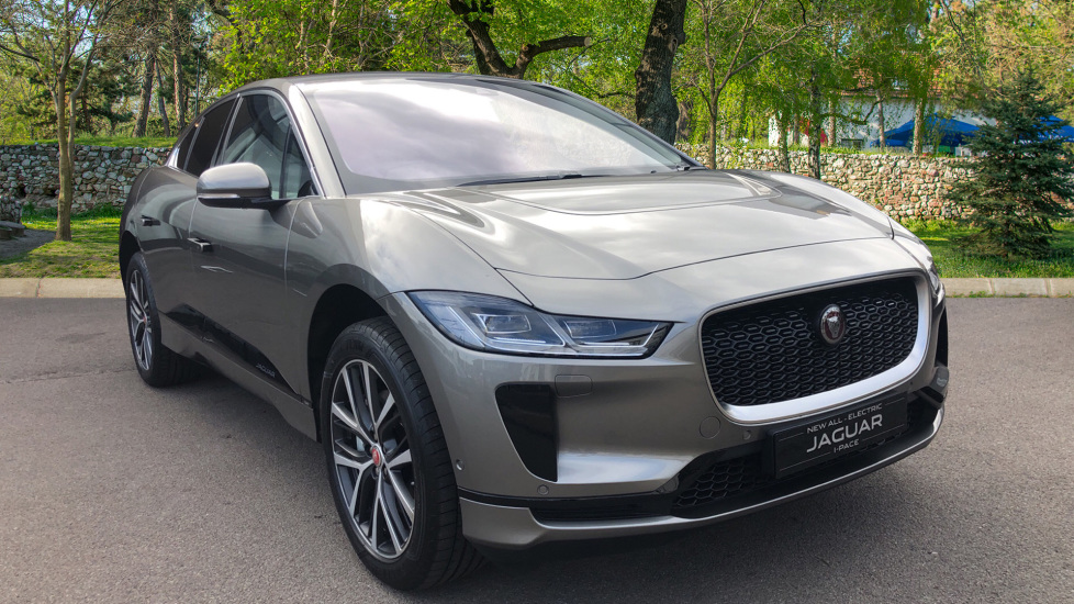 Jaguar I-PACE SE SAVE £8030 !!! Unregistered Delivery Miles Excellent Saving Electric Automatic 5 door Estate (2020) image
