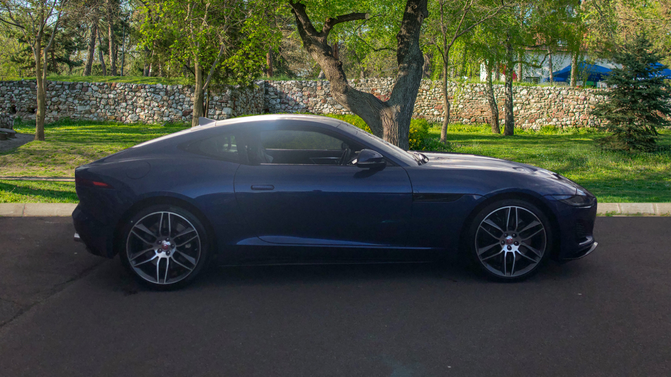 Jaguar F-TYPE R-Dynamic 5.0 2021 image 5